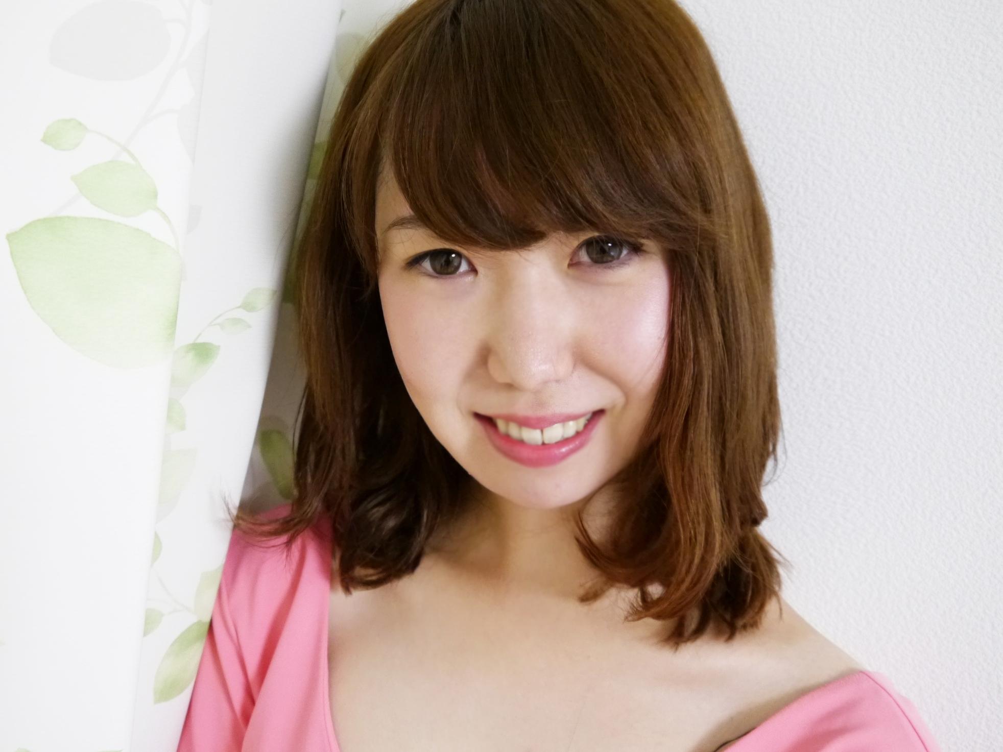 AICOna - Japanese webcam girl