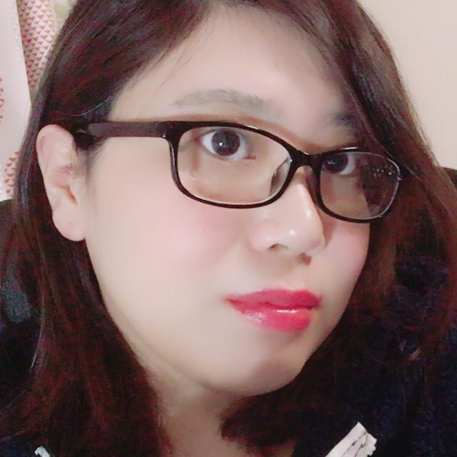 Hinaa07ちゃん  - 不思議系  アダルトチャットガール